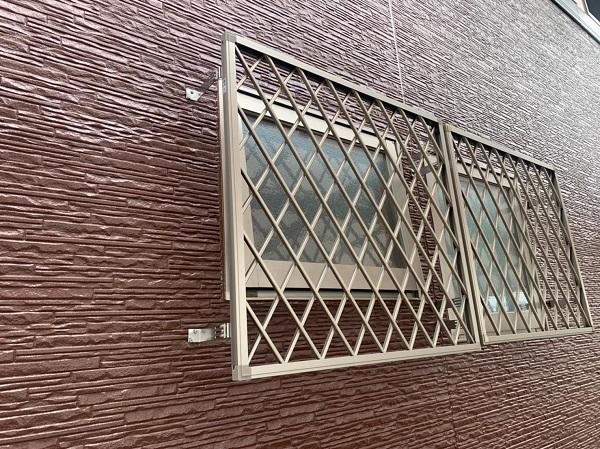 群馬県前橋市 H様邸 外壁塗装・付帯部塗装・アルミサッシ面格子取り付け (9)