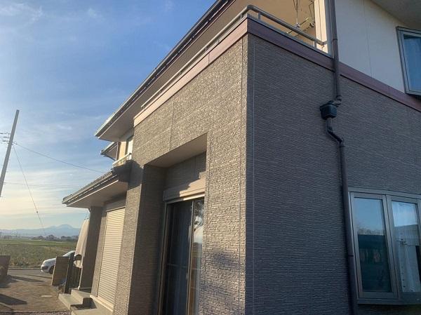 群馬県前橋市 H様邸 外壁塗装・付帯部塗装・アルミサッシ面格子取り付け (5)