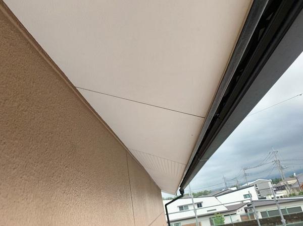 群馬県前橋市 K様邸 外壁塗装・防水工事 付帯部 軒天塗装 低臭ジョンキングNAD (5)